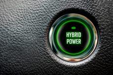 Quali sono i vantaggi e gli svantaggi di un'auto ibrida?