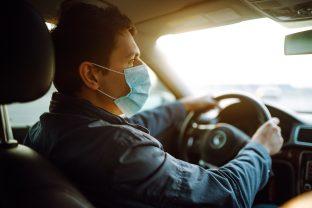 Troppo costosa, pochi punti di ricarica… Perché gli automobilisti rinunciano all'auto elettrica?